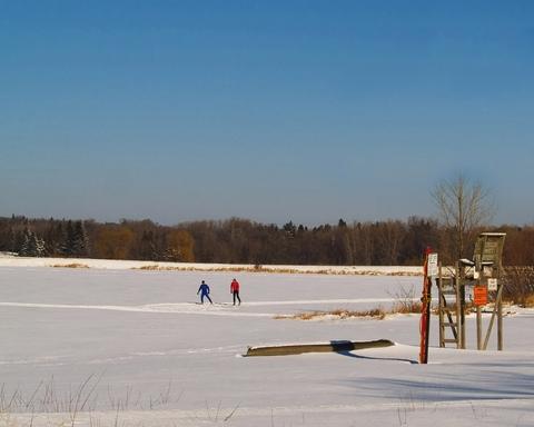 first_snow_at_wirth_park_jpg_480x1000_q100